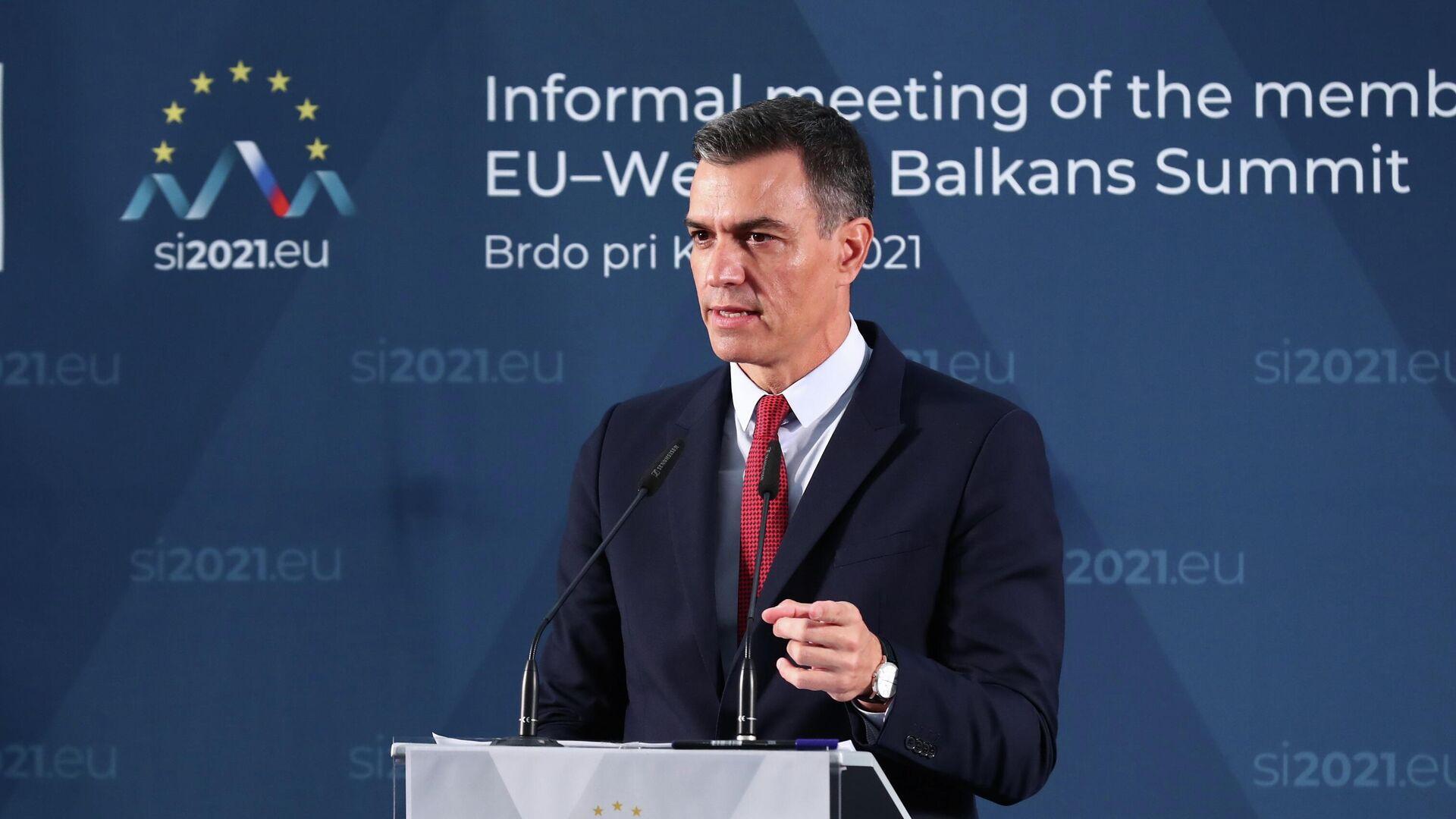 El presidente del Gobierno, Pedro Sánchez, durante la cumbre UE-Balcanes en Eslovenia - Sputnik Mundo, 1920, 06.10.2021