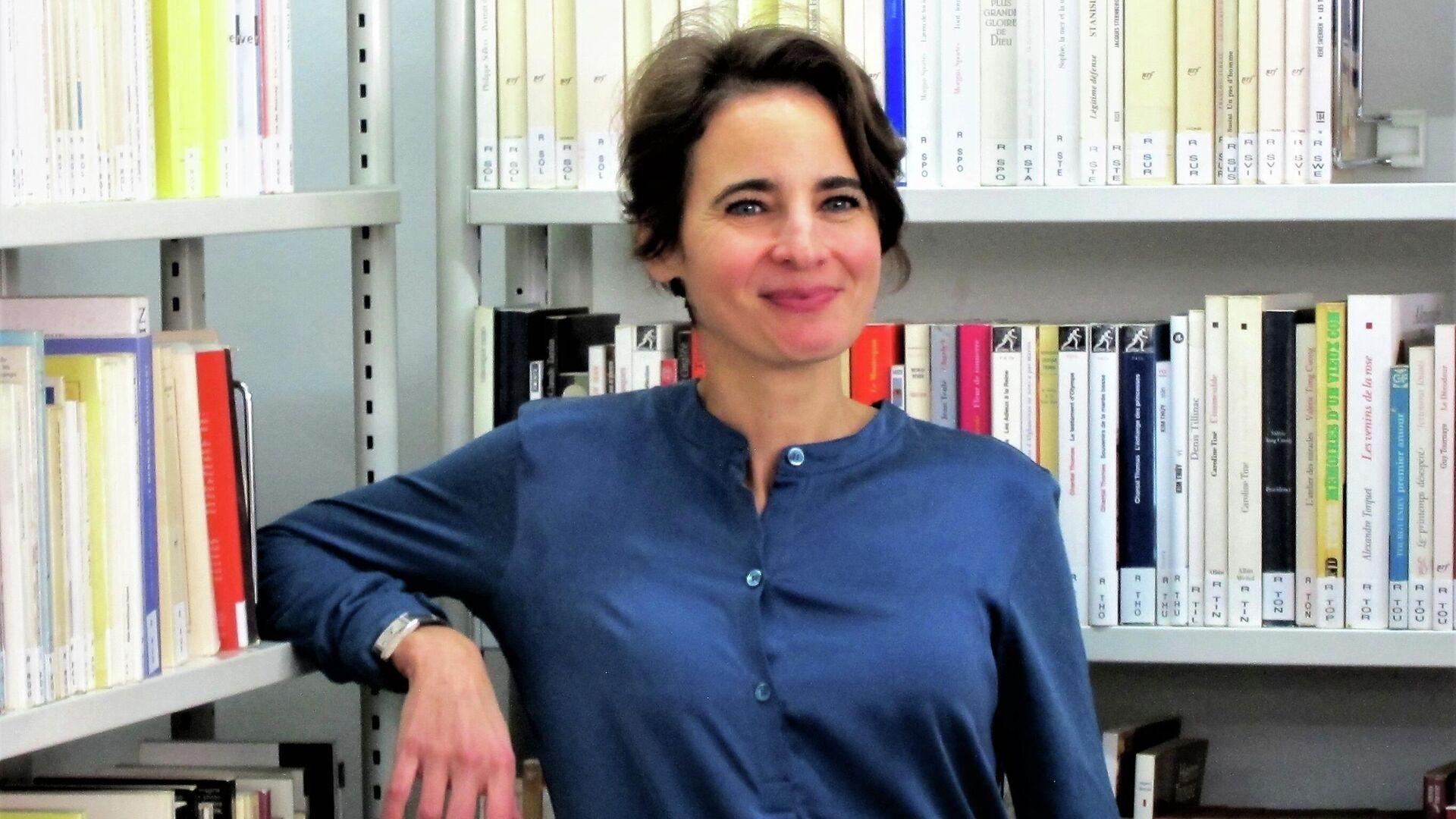 La escritora Laurence Debray en una foto de 2018 - Sputnik Mundo, 1920, 06.10.2021