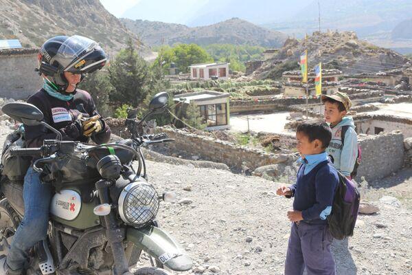 Alicia Sornosa en Nepal, Anapurnas - Sputnik Mundo
