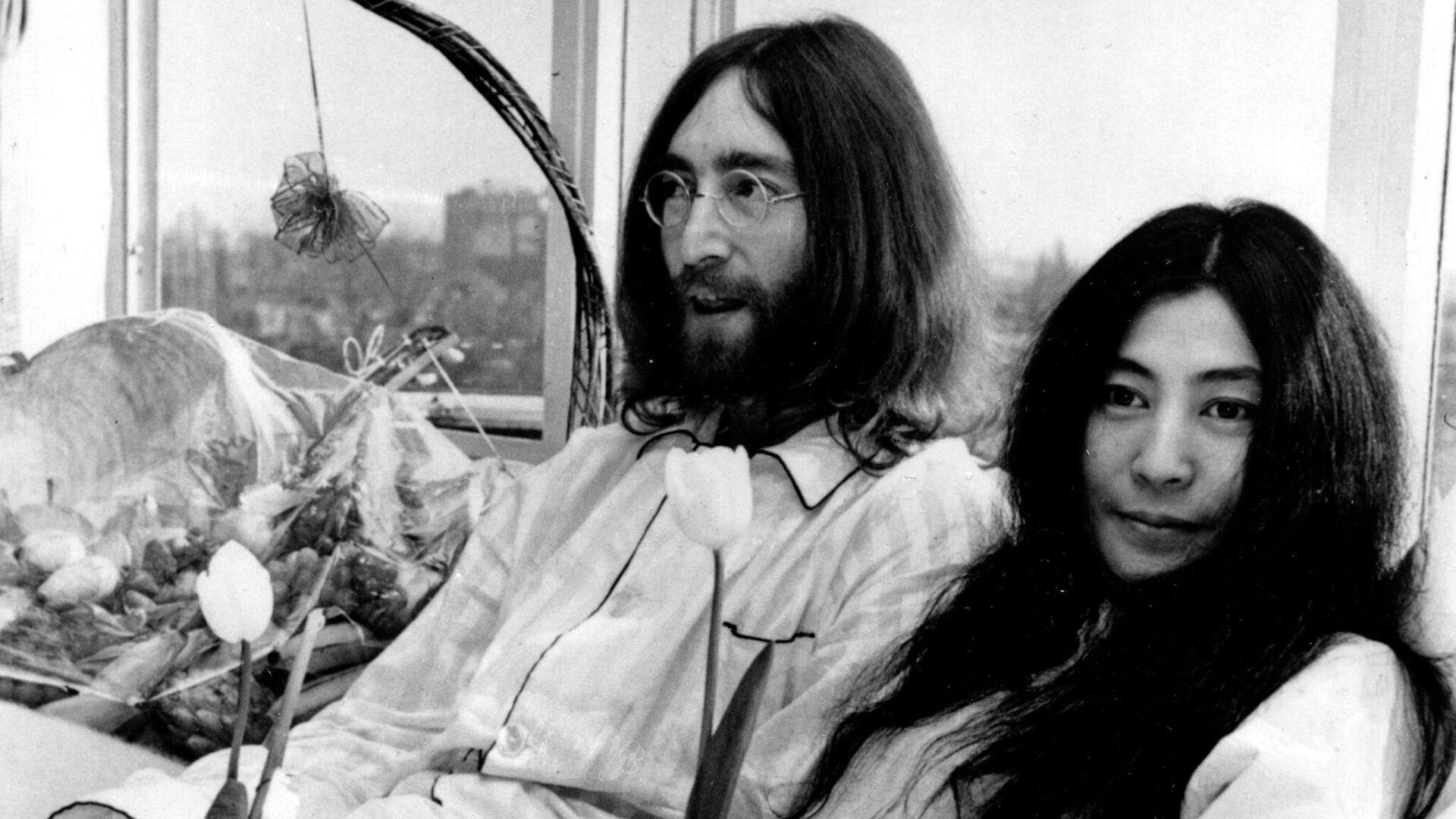 John Lennon y Yoko Ono - Sputnik Mundo, 1920, 11.10.2021