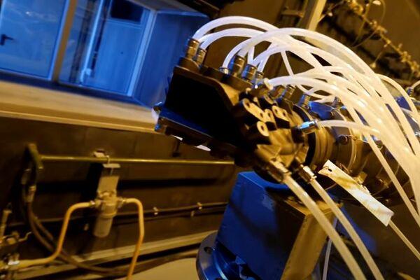 Maqueta de la tobera del dron de ataque ruso S-70 Ojotnik - Sputnik Mundo