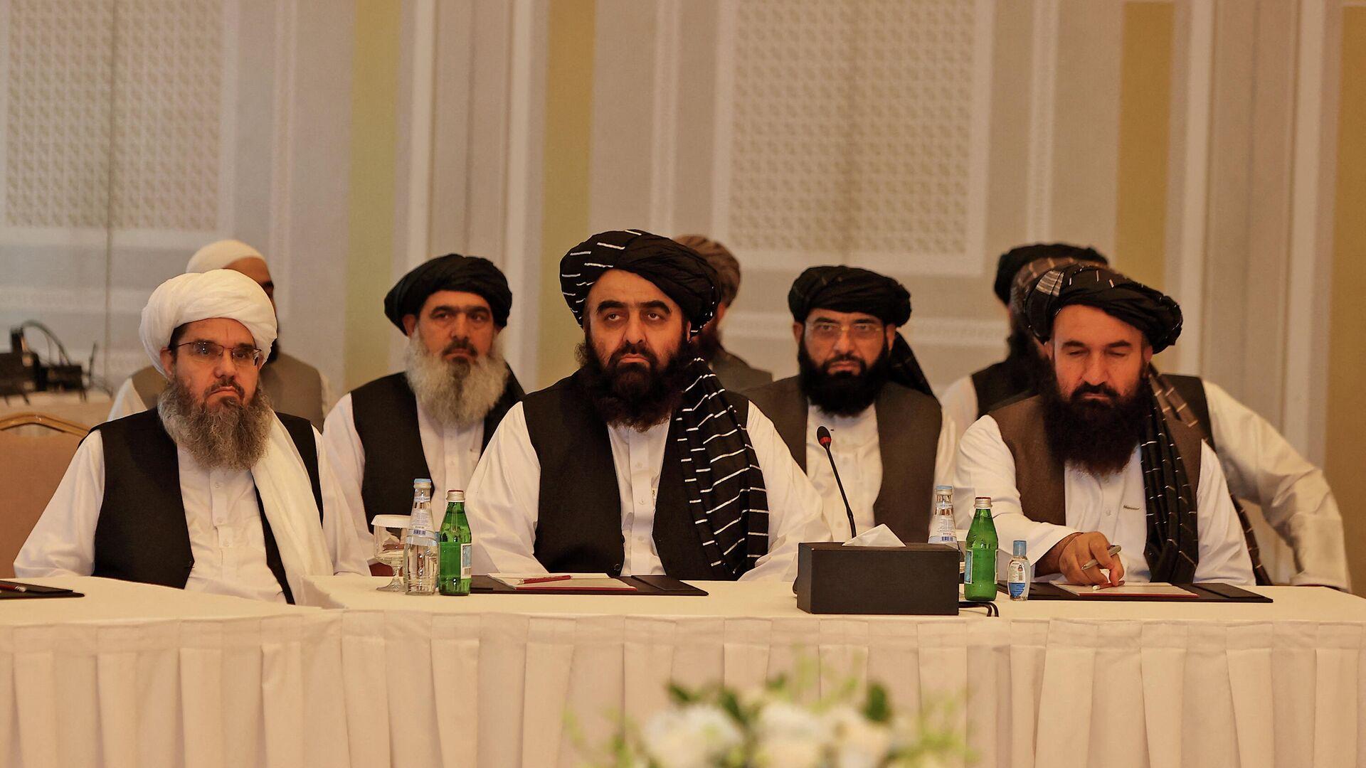 Los representantes del movimiento talibán* en Catar - Sputnik Mundo, 1920, 13.10.2021