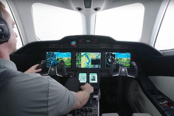Cabino de piloto del nuevo HondaJet 2600 - Sputnik Mundo