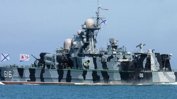 Buque más veloz de la Armada rusa, la corbeta lanzamisiles Samum - Sputnik Mundo