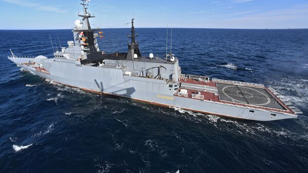 La nave rusa en los ejercicios ruso-chinos Interacción Marítima 2021 - Sputnik Mundo