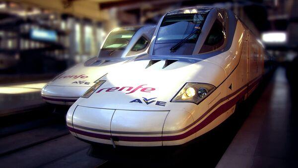Huelga de trenes en España en plena operación navideña - Sputnik Mundo