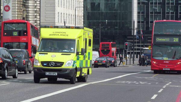 Los servicios de emergencias británicos incumplen los objetivos de atención al paciente - Sputnik Mundo