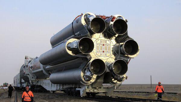 Cohete portador Protón-M - Sputnik Mundo