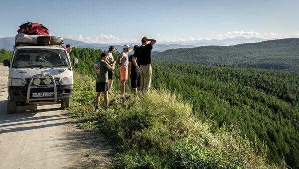 Turistas de Rusia en Altái - Sputnik Mundo