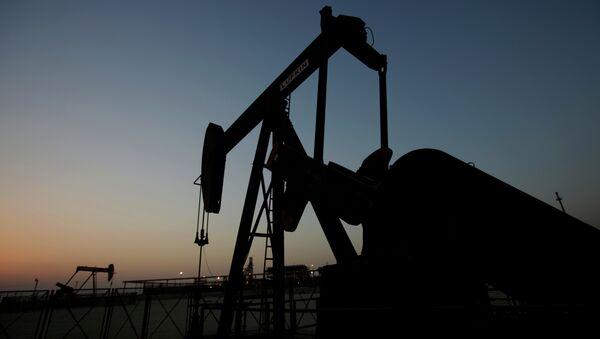 Extracción del petróleo - Sputnik Mundo