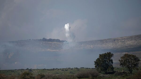 Ataque a una columna militar israelí en la frontera entre Líbano y Israel - Sputnik Mundo