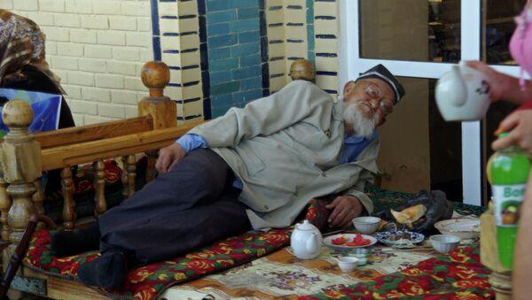 Anciano uzbeko - Sputnik Mundo