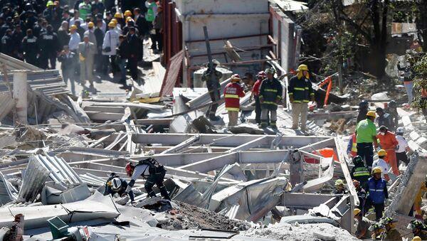 Hospital infantil de México destruido - Sputnik Mundo