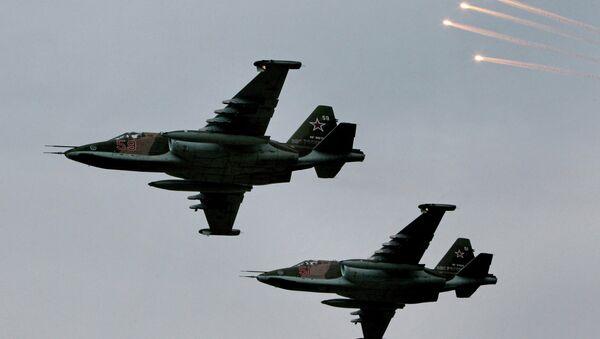 Aviones de asalto Su-25 (archivo) - Sputnik Mundo