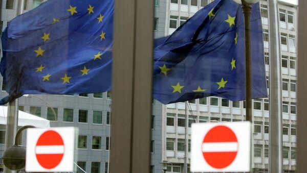 Las contrasanciones rusas afectan principalmente a Europa, dice economista - Sputnik Mundo