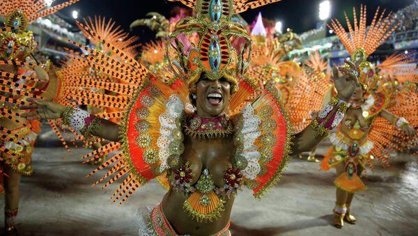 Actuación de la escuela de samba de Beija-Flor (archivo) - Sputnik Mundo