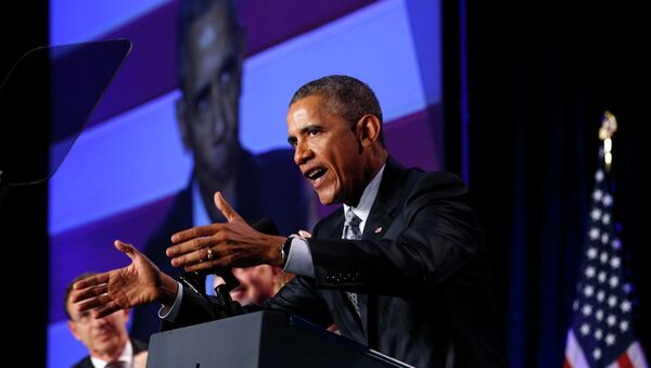 U.S. President Barack Obama speaks at the General Session of the 2015 Democratic National Committee Winter Meeting in Washington February 20, 2015 - Sputnik Mundo
