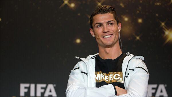 El futbolista portugués Cristiano Ronaldo - Sputnik Mundo