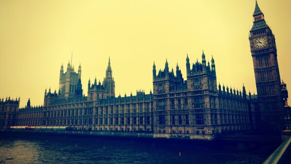 El Reino Unido votará el miércoles si inicia bombardeos en Siria - Sputnik Mundo