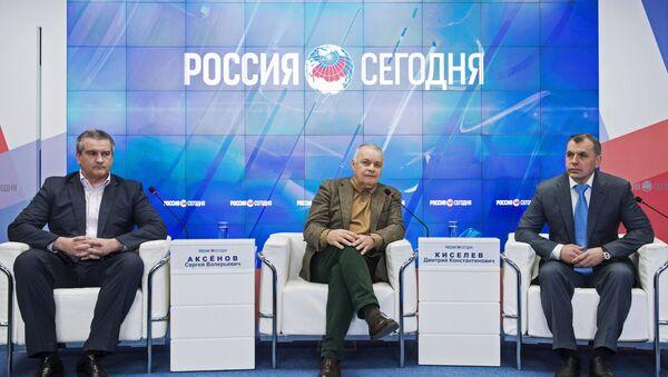 Открытие пресс-центра МИА Россия сегодня в Симферополе - Sputnik Mundo