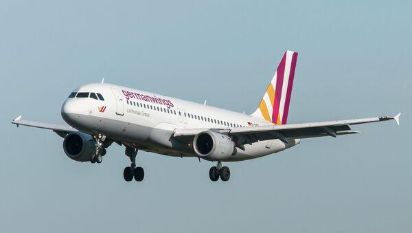 Airbus A320 de compañía Germanwings - Sputnik Mundo