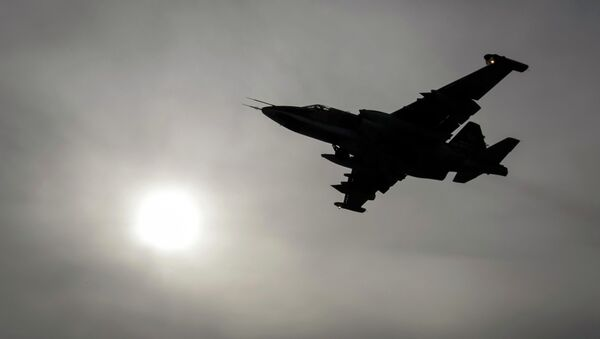 Avión de ataque a tierra Su-25 (imagen referencial) - Sputnik Mundo