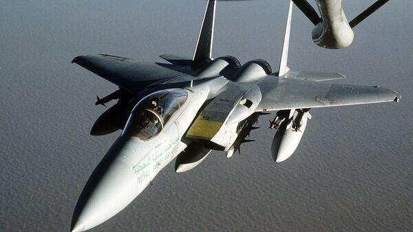 Avión F-15 de Arabia Saudí (imagen referencial) - Sputnik Mundo