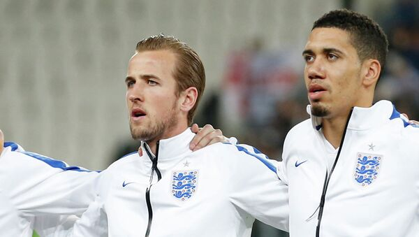 Harry Kane y Chris Smalling, jugadores la Selección Absoluta de Inglaterra - Sputnik Mundo
