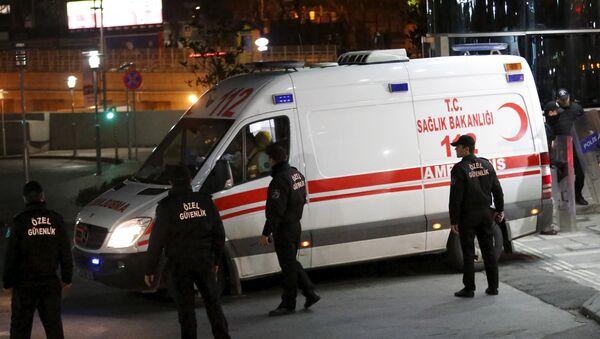 Fallece en hospital el fiscal liberado durante asalto en Estambul - Sputnik Mundo