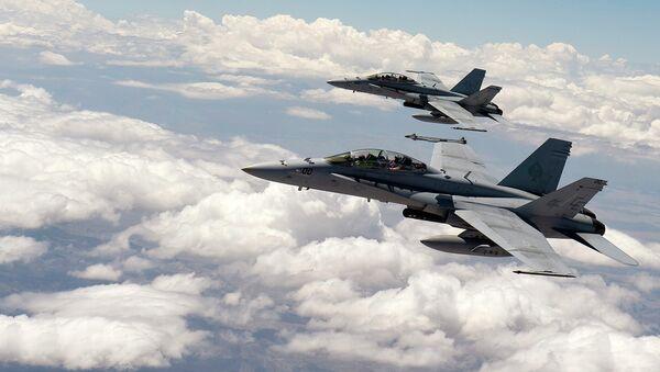 Cazas F-18 - Sputnik Mundo