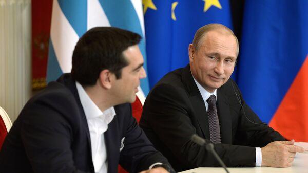 Primer ministro de Grecia, Alexis Tsipras y presidente de Rusia, Vladímir Putin - Sputnik Mundo