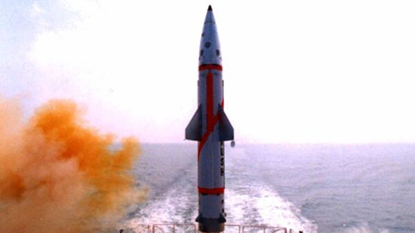 Misil Dhanush (archivo) - Sputnik Mundo