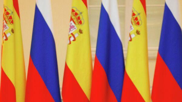 Banderas de España y Rusia (archivo) - Sputnik Mundo