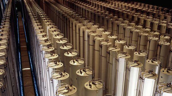 Centrifugadoras de gas para enriquecimiento de uranio (Archivo) - Sputnik Mundo