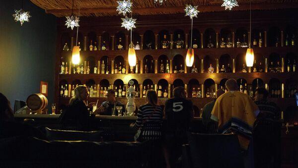 Bar en México - Sputnik Mundo