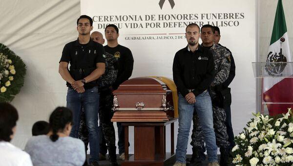 Se eleva a 15 muertos balance de ola de violencia en Jalisco, centro de México - Sputnik Mundo