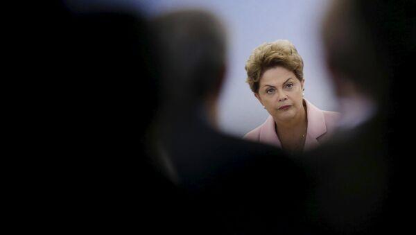 Dilma Rousseff, presidenta del Gobierno de Brasil - Sputnik Mundo
