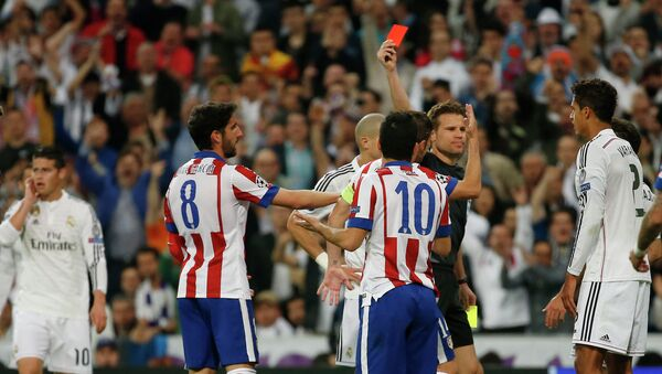 Partido entre Real Madrid y Atletico Madrid en La Liga - Sputnik Mundo