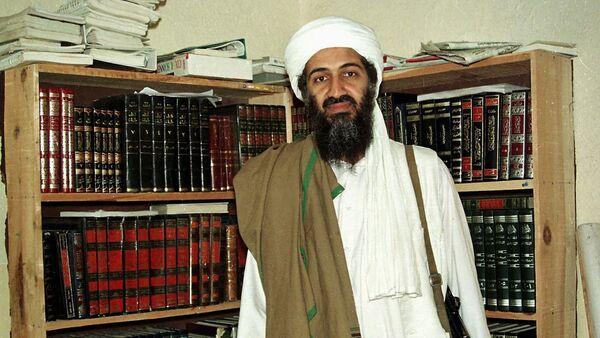 Al Qaida leader Osama bin Laden is seen in Afghanistan. (File) - Sputnik Mundo