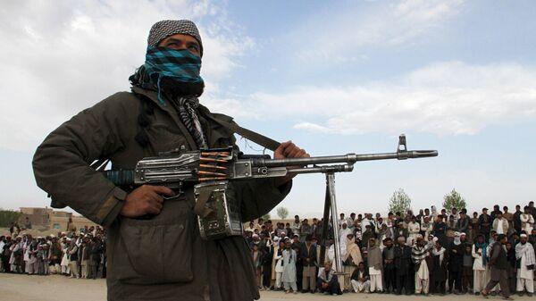 Miembro del movimiento Talibán (archivo) - Sputnik Mundo