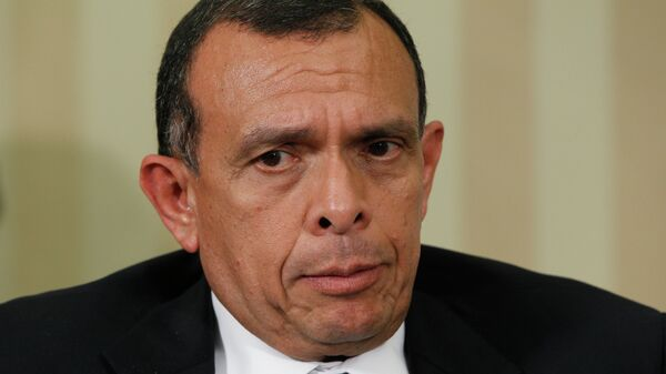 Honduras' President Porfirio Lobo - Sputnik Mundo