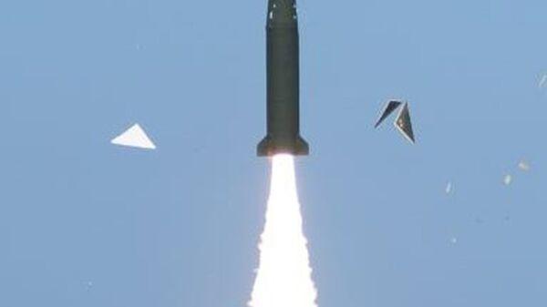 Los militares de Corea del Sur probaron con éxito un misil balístico que puede abatir cualquier objetivo en Corea del Norte - Sputnik Mundo