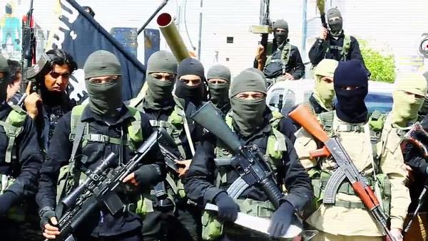 Militantes del Estado Islámico - Sputnik Mundo