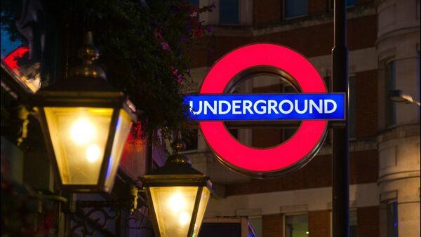 Los sindicatos convocan nuevos días de huelga en el metro de Londres - Sputnik Mundo