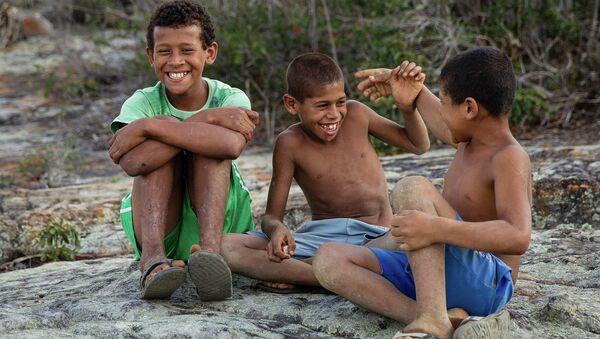 Niños brasileños - Sputnik Mundo
