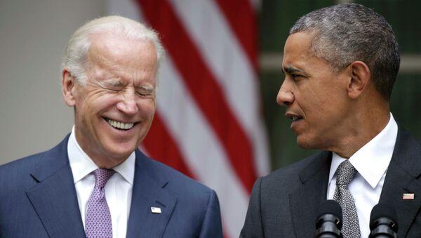 Presidente de EEUU, Barack Obama con vicepresidente, Joe Biden - Sputnik Mundo
