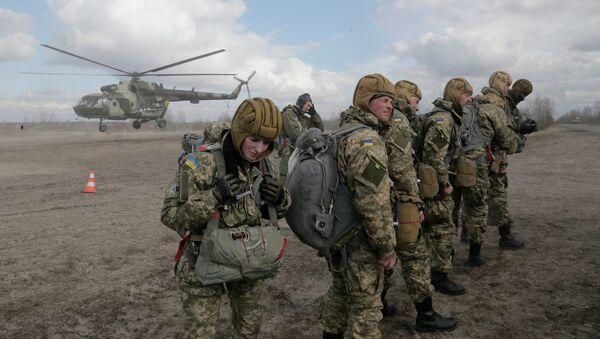 Soldados del Ejército ucraniano - Sputnik Mundo