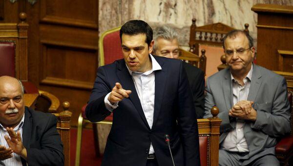 Alexis Tsipras, primer ministro de Grecia, en el Parlamento griego - Sputnik Mundo