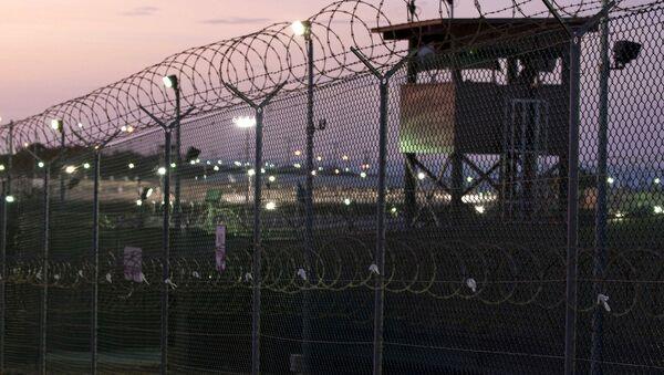 Guard tower at dawn at Camp Delta the military prison at Naval Base Guantanamo Bay Cuba - Sputnik Mundo