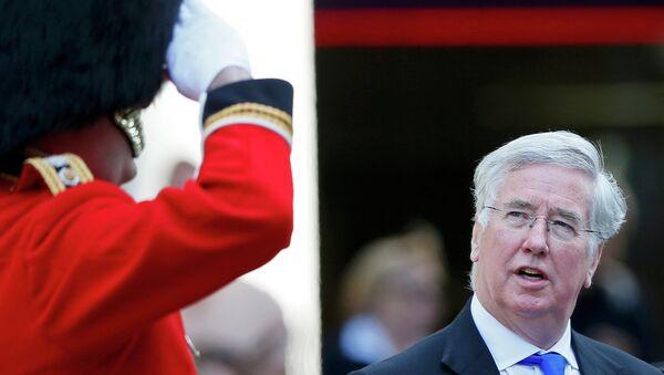 Michael Fallon, secretario de Estado para la Defensa británico - Sputnik Mundo